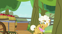 """Goldie """"see the Great Seedlin' with my own eyes"""" S9E10"""