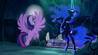 "Nightmare Moon exclaims ""No!"" as Twilight is about to teleport S5E26"