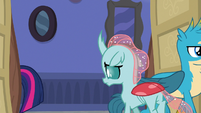 Ocellus follows Twilight out of the room S8E16