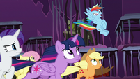 "Rainbow Dash ""bust our way out!"" S8E26"
