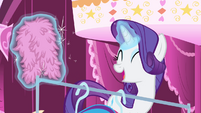 Rarity -without the help of one of my dearest- S4E23