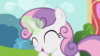 Sweetie Belle giggling S4E15