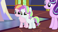 Toola Roola and Coconut Cream looking adorable S7E14
