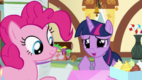 "Twilight Sparkle ""the salespony at the toy store"" S7E3"
