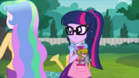 Twilight Sparkle watching Principal Celestia leave EGDS8