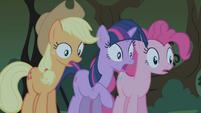 Applejack shocked S01E02