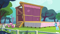Cheerilee and school foals near the stage S4E05