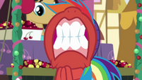 Rainbow Dash gritting her teeth BGES1