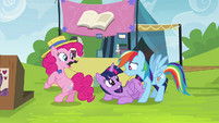 Rainbow Dash panicking at Twilight S4E22
