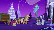 S06E15 Rainbow wraca ostrzec przyjaciółki