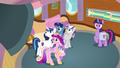 Twilight's family hears director's new announcement S7E22.png