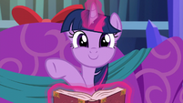 Twilight Sparkle being adorkable S6E8