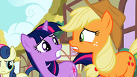 Twilight and Applejack worried S02E06