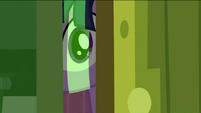 Twilight peeking 2 S2E25