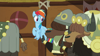 Yaks shushing Rainbow Dash S8E18