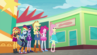 AJ and friends happy to see Rarity EGROF