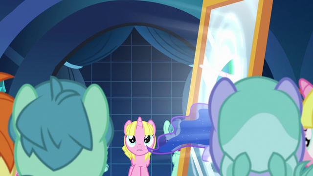 File:Celestia pulls Luna into the dream mirror S7E10.png