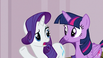 "Rarity ""isn't it called Manehattan Escapes"" S7E2"