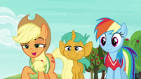 "Applejack ""if it means beatin' Appleloosa"" S6E18"