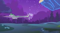 Spike running from the ursa minor S1E06