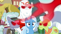 Anger drains out of infected ponies' eyes S7E2.png