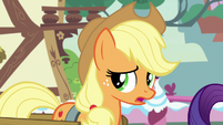 "Applejack ""I don't think I'm the right pony"" S7E9"