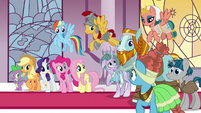 Pillars of Equestria want to see their homes S7E26