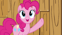 Pinkie Pie barn idea S2E18