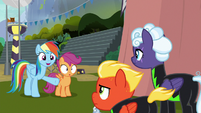 "Rainbow ""I really enjoyed your show"" S8E20"