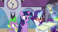 Rarity discussing Twilight's appointment S4E1