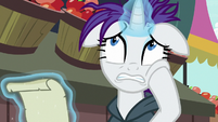 Rarity nervous about showing her mane in public S7E19