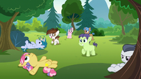Rumble and campers hear CMCs' announcement S7E21