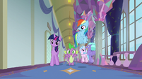 Spike sings -all creatures great and small- S8E2