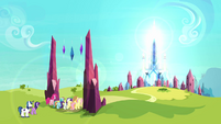 The ponies enter the Crystal Empire S3E01