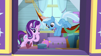 Trixie jumping out of her hammock S9E20