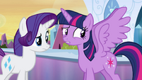 Twilight ainda não se acostumou com suas asas EG