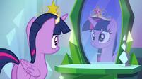 Twilight tries her crown on EG