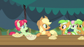 Applejack now you try S3E8.png