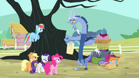 Discord presents a letter from Fluttershy S4E11