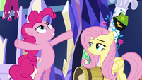 Pinkie Pie -stop pecking at my balloons- S5E3