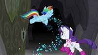 Rainbow and Rarity race through the door S8E17