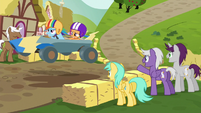 Rainbow and Scootaloo race past spectators S6E14