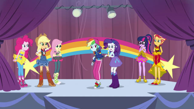 File:The Rainbooms on the rehearsal stage EGS1.png
