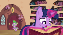 Twilight 'If I can't figure out which one's the real Pinkie' S3E03