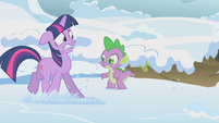 Twilight backing away from snake den S1E11