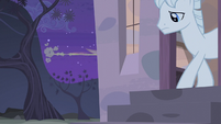 Double Diamond leaves the house and Fluttershy hides S5E02