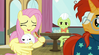 Fluttershy giggles at her own pun S9E16