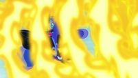 Nightmare Moon engulfed in Daybreaker's flames S7E10