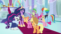 Older Rainbow and AJ join the others S9E26