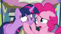Pinkie Pie -you can't break the rules!- S4E22